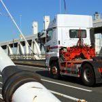 大型トラック速度抑制装置を知ろう!